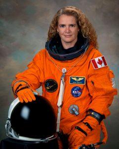 Julie Payette - domaine aéronautique